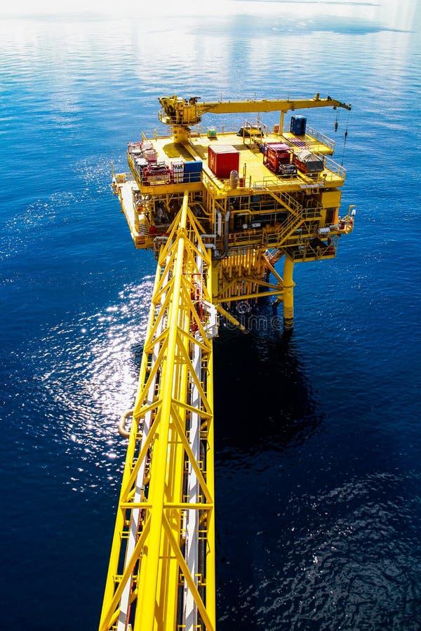 油和煤气平台 免版税库存图片