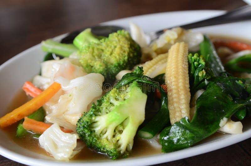 油煎的混杂的混乱蔬菜 库存图片