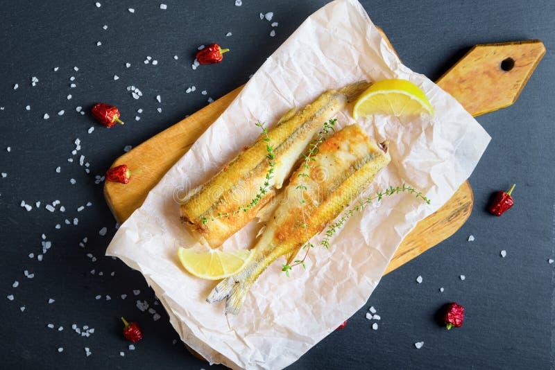 油煎的熔炼顶视图烘烤纸用柠檬 免版税库存照片