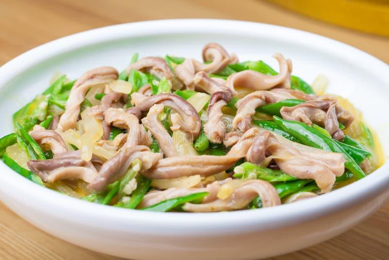 油煎的胡椒猪肉胃用德国泡菜2 库存照片