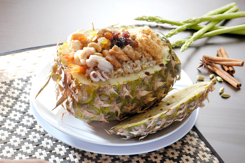 油煎的菠萝米 免版税图库摄影