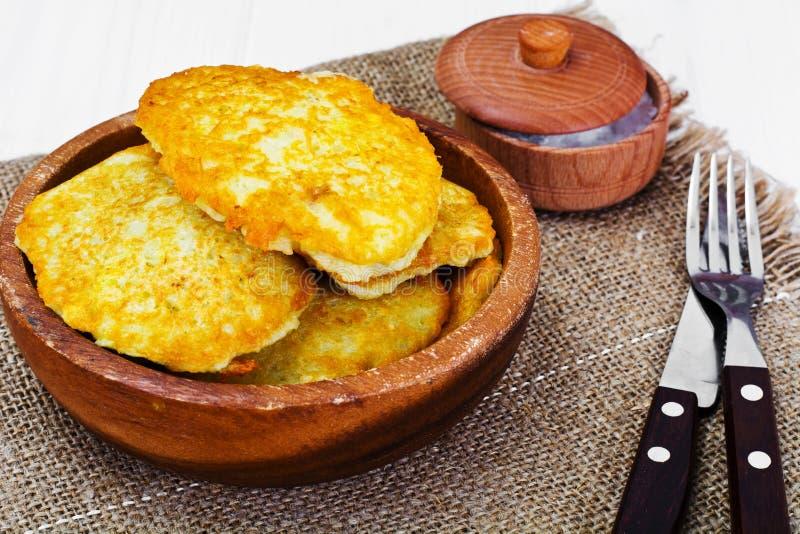 油煎的薄煎饼土豆 白俄罗斯语和德国烹调 图库摄影