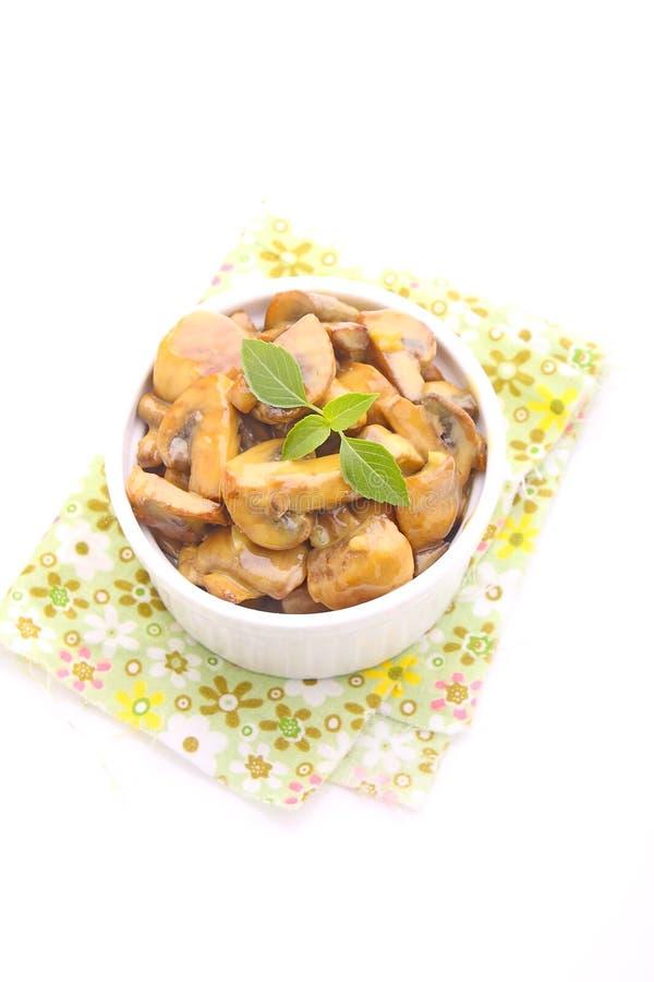 Download 油煎的蘑菇 库存照片. 图片 包括有 绿色, 土气, 健康, 正餐, 调味料, 厨房, 部分, 油煎, 快餐 - 59109884