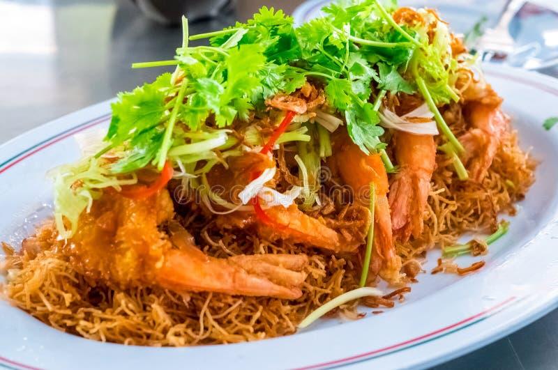 油煎的虾或大虾与辣调味汁泰国食物样式 免版税库存图片