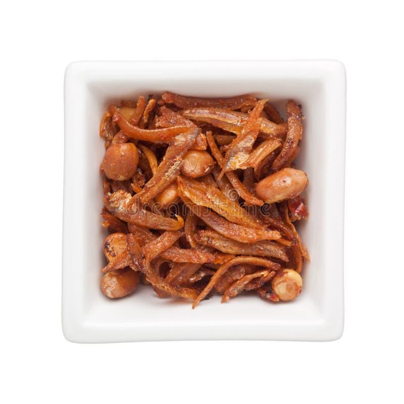 Download 油煎的鲥鱼和花生 库存照片. 图片 包括有 微小, 美味, 花生, 美食, 正方形, 食物, 油煎, 烹调 - 72356074