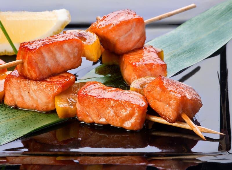 油煎的kebab三文鱼 免版税库存照片
