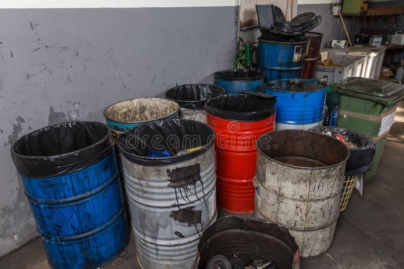 油老容器  免版税库存图片