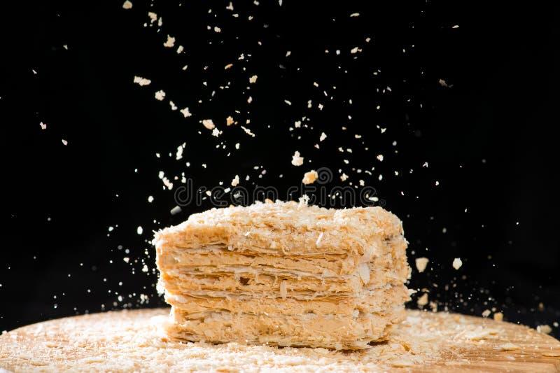 油酥点心特写镜头可口法国人拿破仑蛋糕与酸的 库存照片