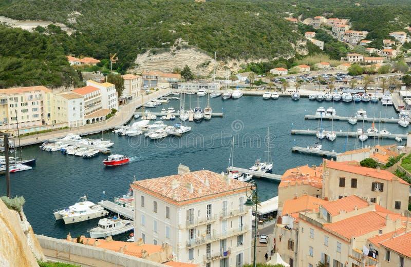 沿海城市Bonifacio的低部 库存照片