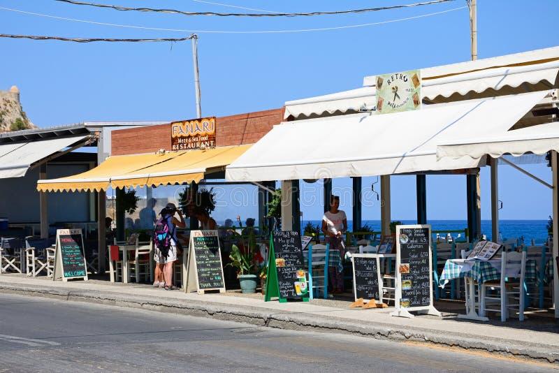 沿海岸区餐馆,罗希姆诺 库存图片