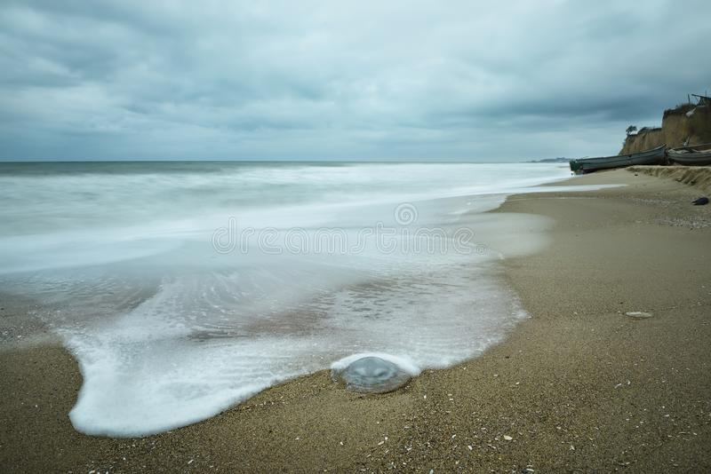 沿海的安静的看法 免版税库存图片