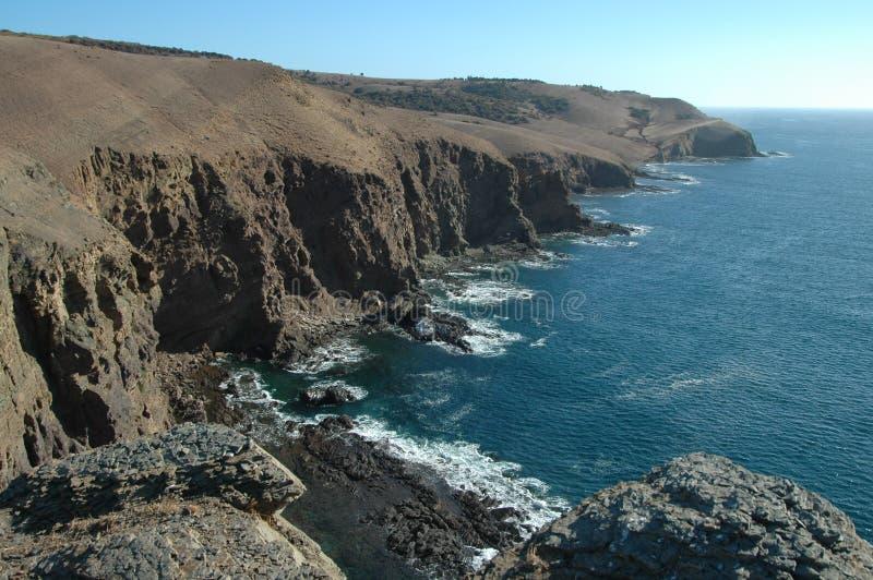 沿海的峭壁 免版税图库摄影