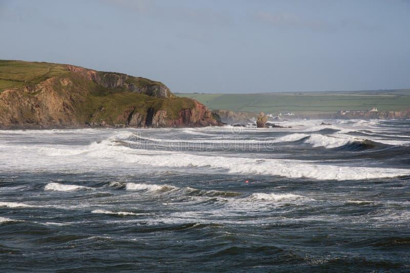 沿海英国横向 Bigbury海湾在德文郡英国 库存照片