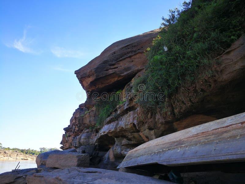 沿湄公河的复杂岩石 库存照片