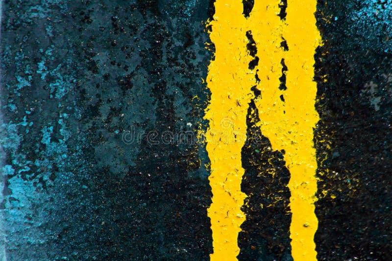 泄漏油漆浪花黄色 库存图片