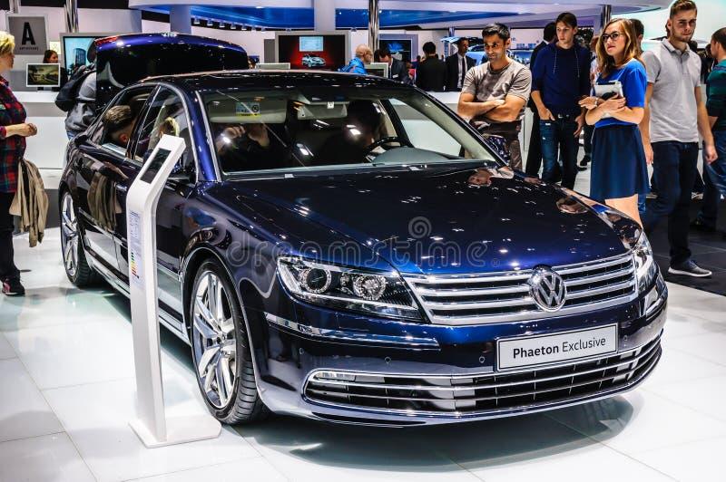 法兰克福- 2015年9月:大众VW被提出的敞蓬旅游车独家新闻 免版税库存照片
