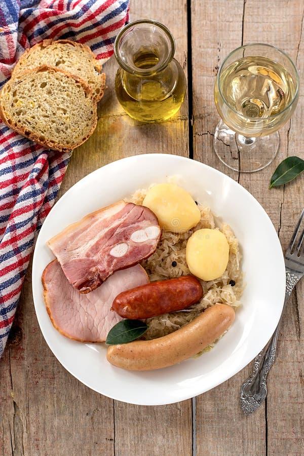 法国传统德国泡菜膳食choucroute 图库摄影