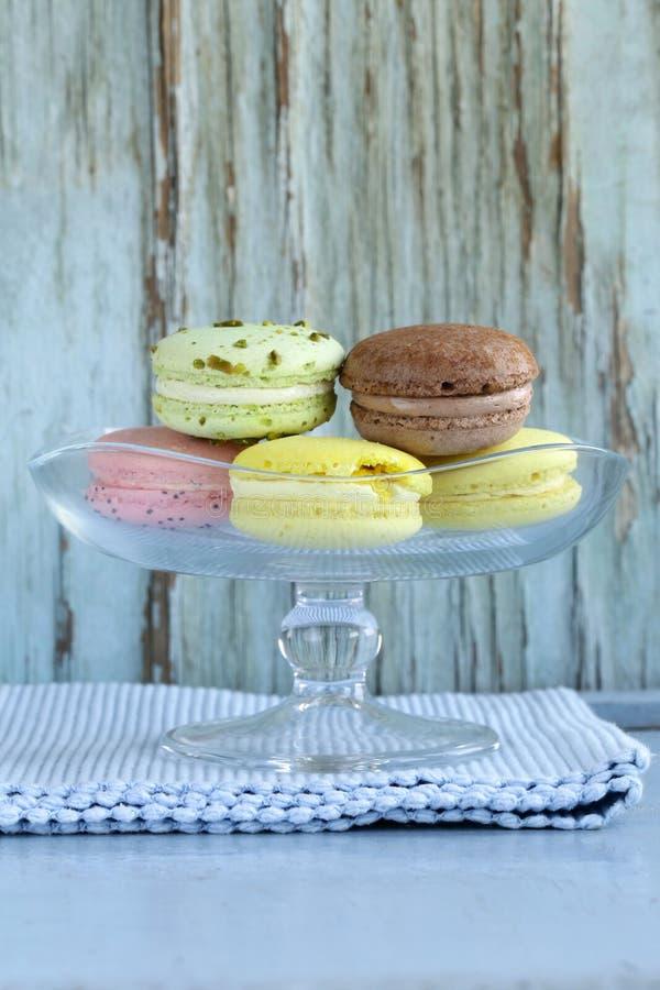 法国多彩多姿的蛋白杏仁饼干 免版税库存图片