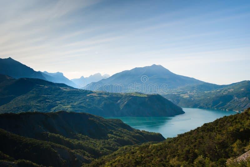 法国湖poncon serre 库存图片