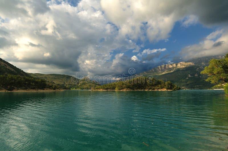 法国阿尔卑斯-山湖 免版税库存照片