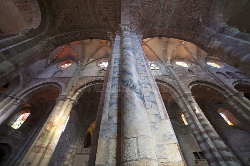 法国,奥韦涅,布里乌德cattedral 免版税库存图片