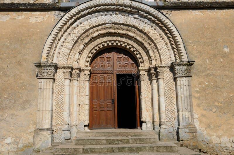 法国, Le Pin la Garenne历史教会  库存照片