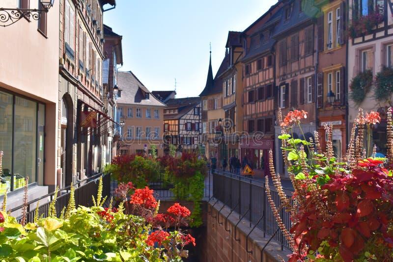 法国-科尔马多数美丽的传统村庄在阿尔萨斯 库存图片