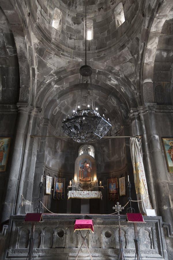 法坛在Geghard,科泰克省地区,亚美尼亚Katoghike修道院主要教会里  免版税库存图片