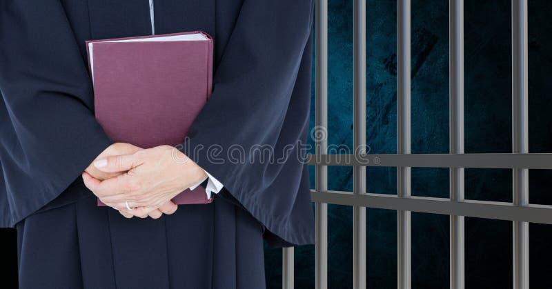 法官的中央部位有书的反对监狱 皇族释放例证