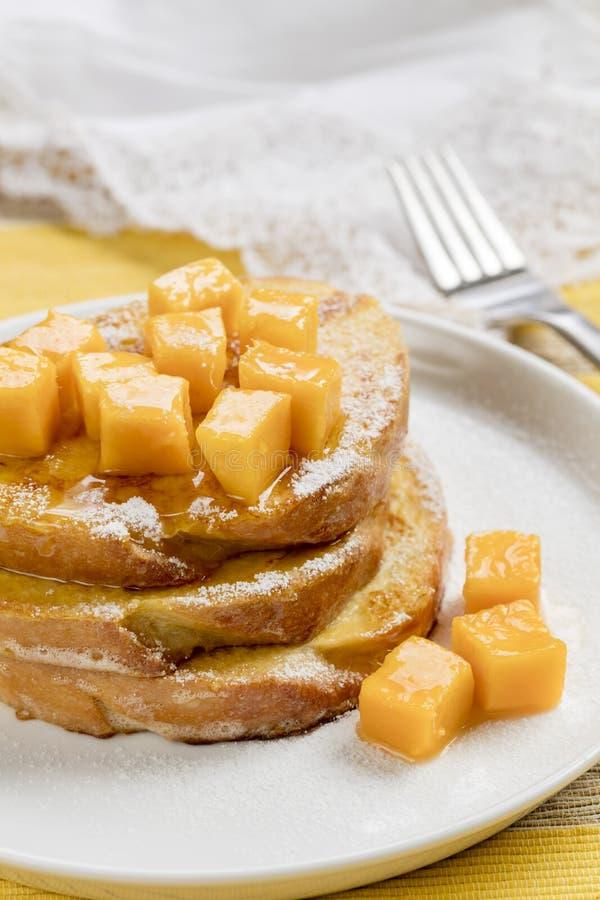 Download 法式多士用新鲜的芒果 库存照片. 图片 包括有 蜂蜜, 槭树, 巴西, 糖浆, 膳食, 搽粉, 制动手 - 108555076