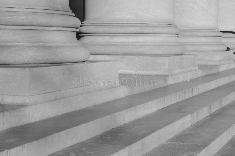 法律和教育柱子  库存图片