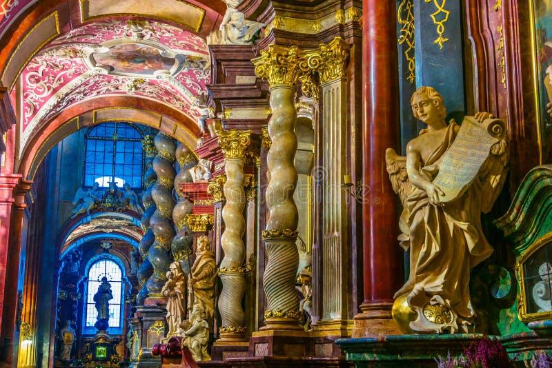 法拉,圣玛丽的大教堂内部在波兹南,波兰 库存图片