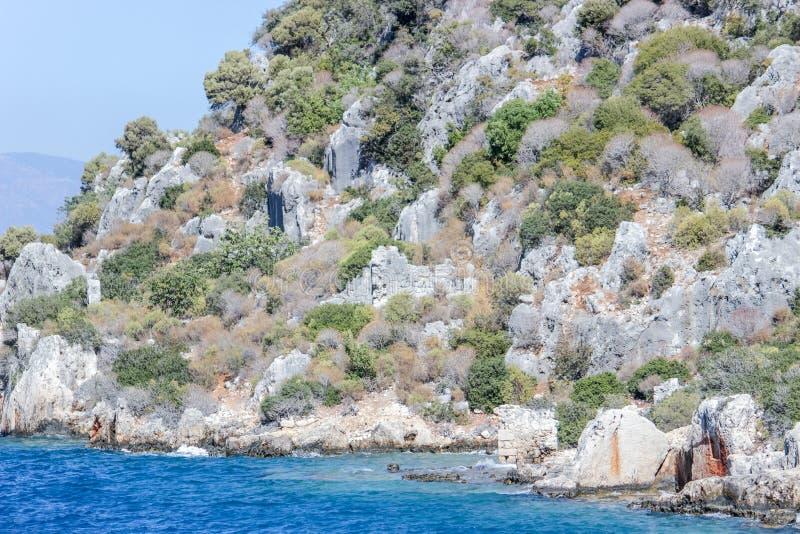 泗门镇凹下去的废墟  钓鱼地中海净海运金枪鱼的偏差 火鸡 库存图片