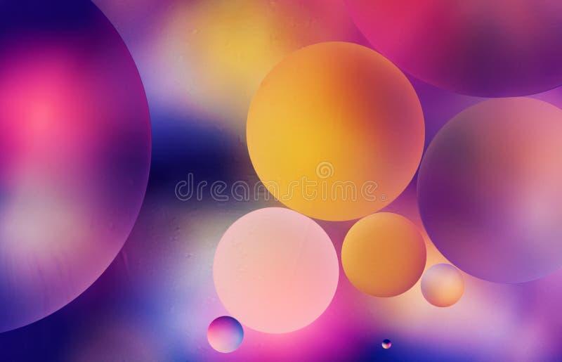 泡影五颜六色的抽象背景在水中,宏观 空间、行星和宇宙概念 创造性的分子和原子 免版税库存图片