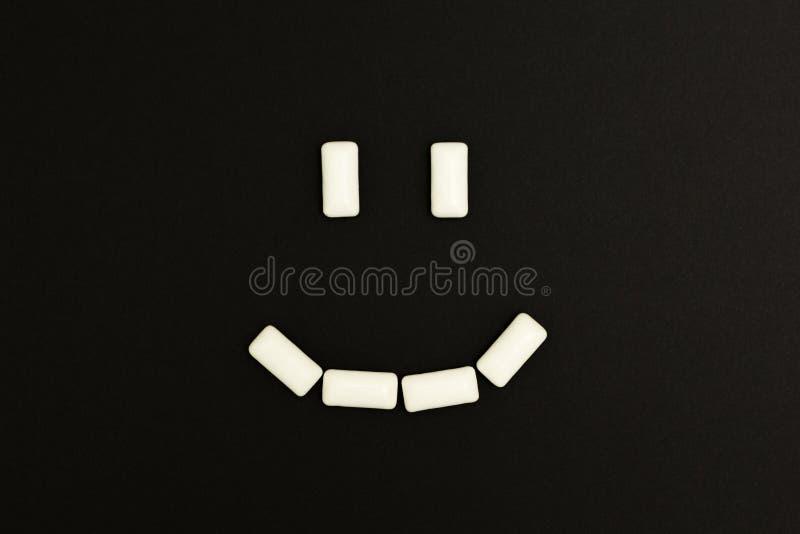泡泡糖垫微笑  免版税库存照片