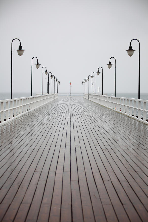 波儿地克的格丁尼亚老码头波兰雨海&# 免版税库存照片
