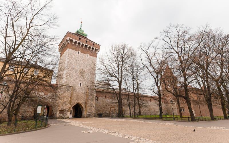 波兰克拉科夫的弗洛里安之门 波兰历史中心,一座建筑古老的老城 库存图片