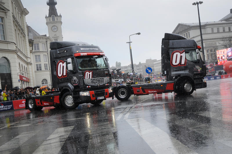 波兰赛跑的街道verva华沙 免版税图库摄影