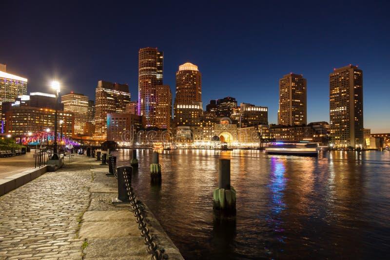 波士顿地平线在夜-马萨诸塞之前-美国 图库摄影