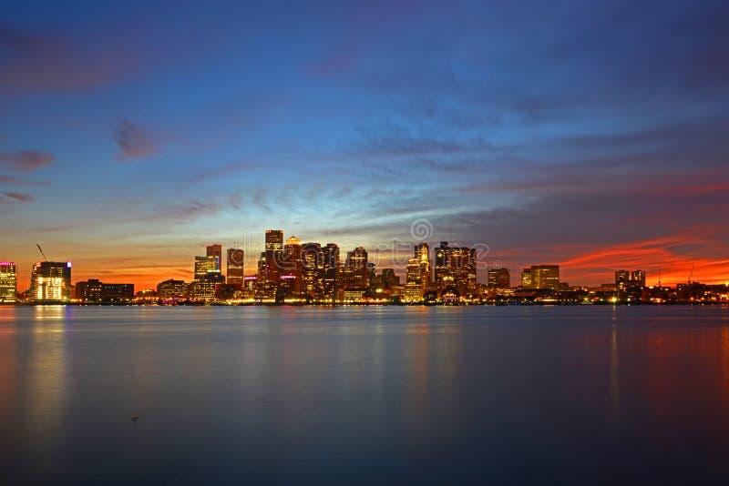 波士顿地平线在晚上,马萨诸塞,美国 免版税库存图片