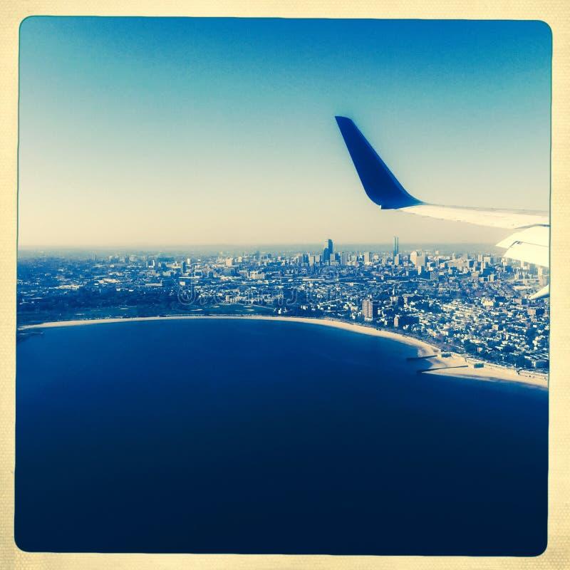 波士顿鸟瞰图有飞机翼的 库存图片