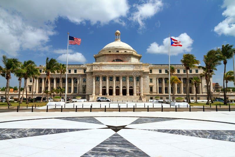 波多黎各国会大厦  免版税库存图片