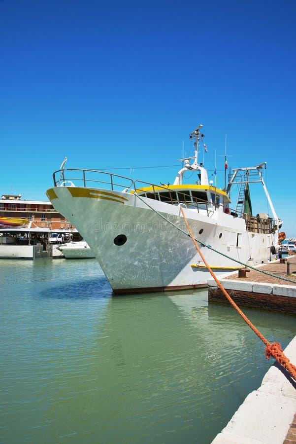 波尔图二卡托利卡 在端口的游艇 免版税库存照片