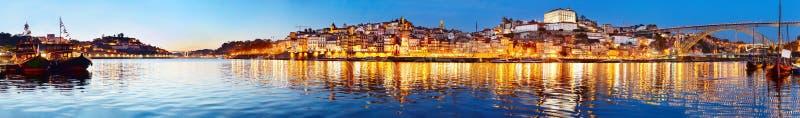 波尔图暮色全景,葡萄牙 图库摄影