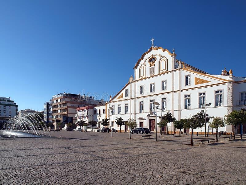 波尔蒂芒印象深刻的城镇厅在葡萄牙 图库摄影