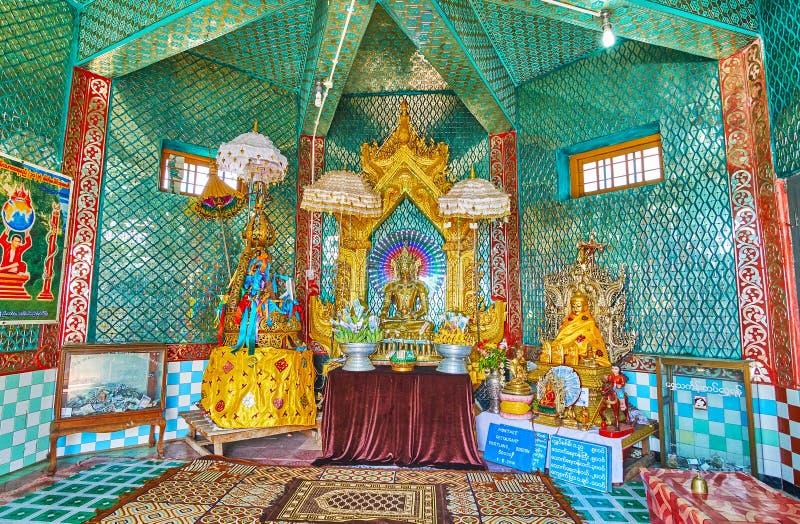 波帕岛塔翁Kalat修道院,缅甸寺庙  免版税库存照片