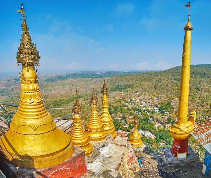 波帕岛塔翁Kalat修道院,缅甸建筑学  免版税图库摄影