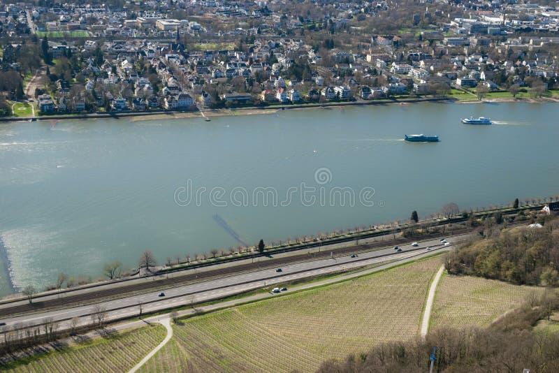 波恩市看法在从Drachenfels的夏天,德国 免版税图库摄影