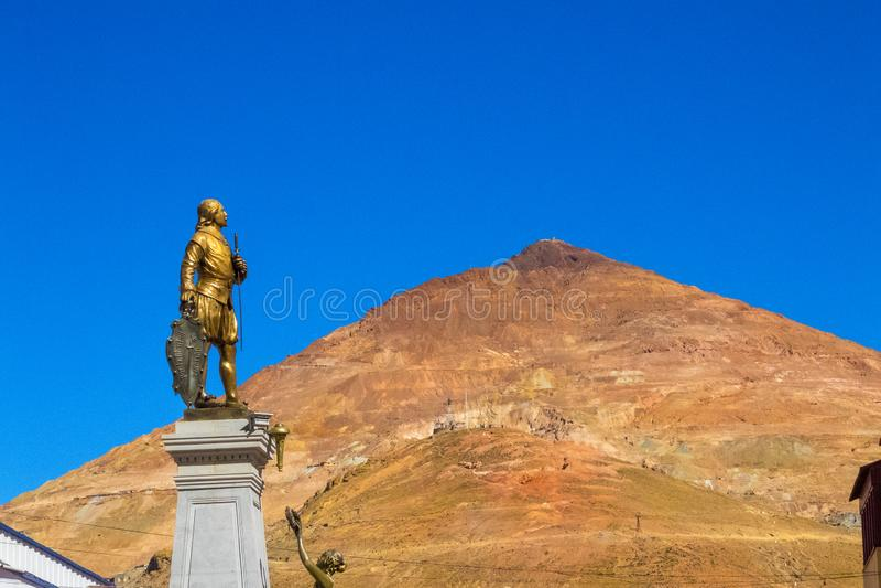 波托西联合国科教文组织在玻利维亚-世界` s最高的城市4070m v 库存图片