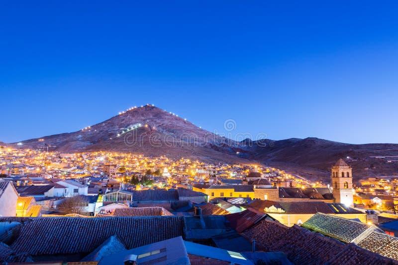 波托西,玻利维亚在晚上 免版税库存照片
